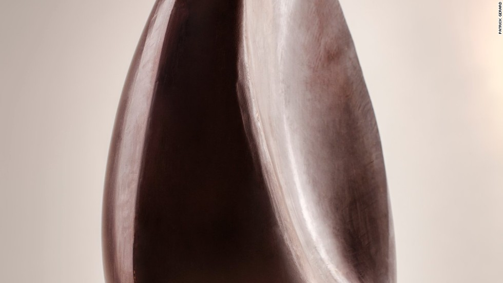"<a href=""http://www.patrickroger.com/en/index.php"" target=""_blank"">Patrick Roger </a>sculpted this giant egg in the form of the moon in its last quarter. Using dark chocolate, he sought to capture the smoothness and richness of the chocolate and the luminescence of the moon."