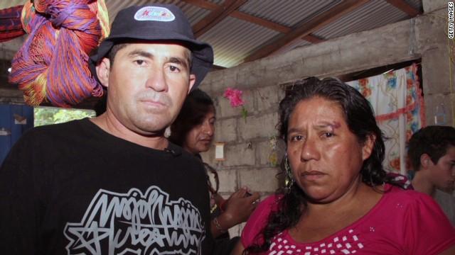 pkg romo mexico castaway meets family_00014926.jpg