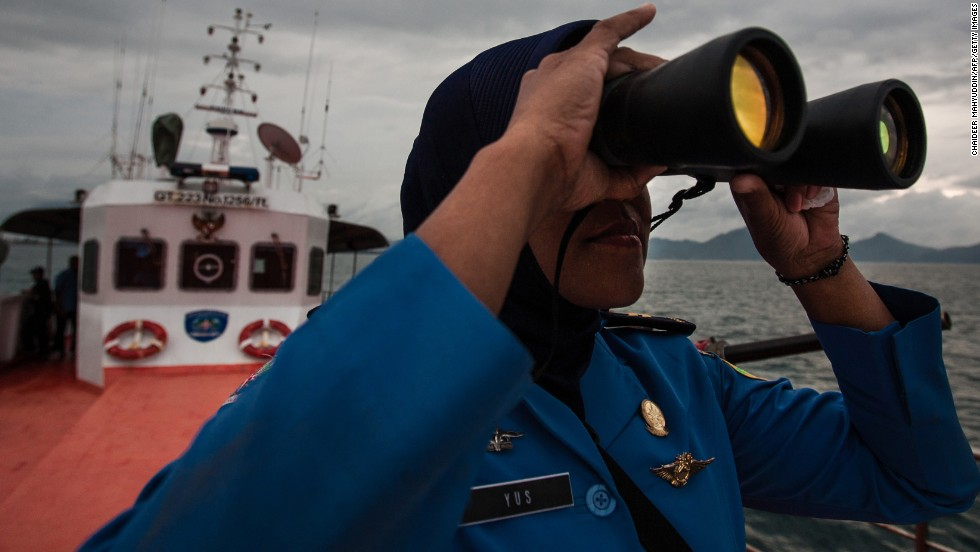 "The mystery of missing <a href=""http://www.cnn.com/SPECIALS/asia/malaysia-airlines"">Malaysia Airlines Flight 370 </a>captivated people around the world. There were more searches for ""mh370 found"" than ""mh370 lost,"" according to Google."