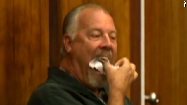 dnt crime stoppers exec eats paper in court_00001114.jpg
