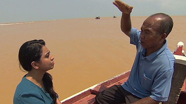 Fisherman: I saw plane flying really low