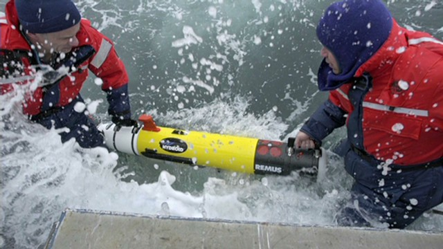 Lead underwater search missing plane _00000211.jpg