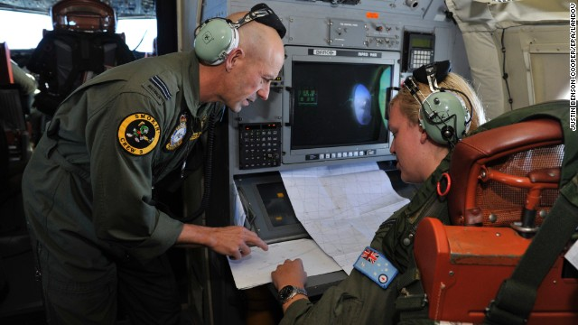 Weather complicates Flight 370 search