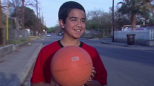 dnt mystery officer plays basketball with kid_00003218.jpg