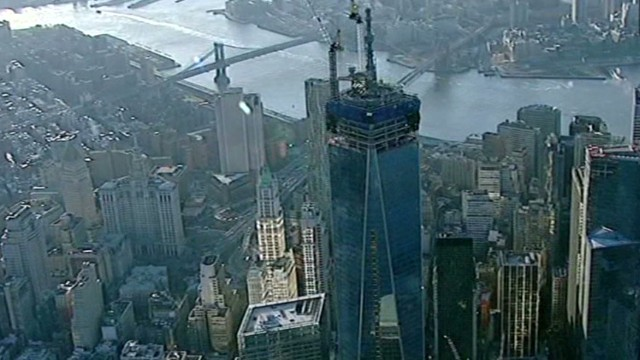 Trespasser reaches roof of 1 WTC