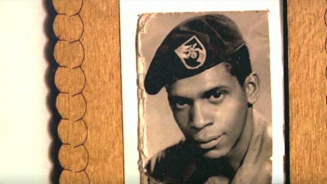 pmt bill weir melvin morris medal of honor_00013227.jpg