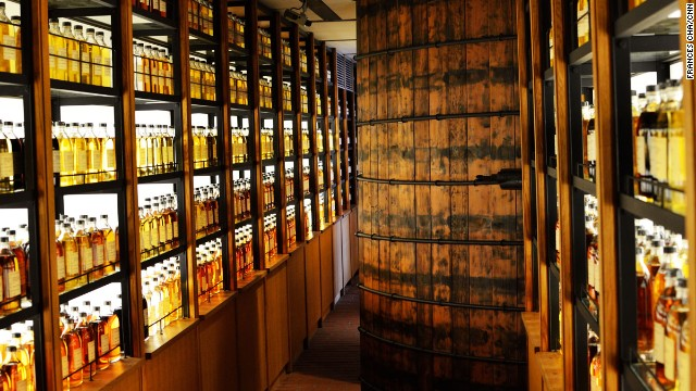 In the factory shop, visitors can purchase whiskeys only available on site.