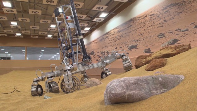 Experimental rover tested in the Mars Yard