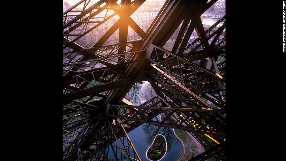 The sun shines through the tower's ironwork in 1987.