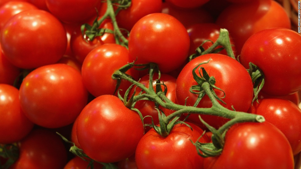 Tomatoes and white potatoes can also cause reactions for people with a grass pollen allergy.