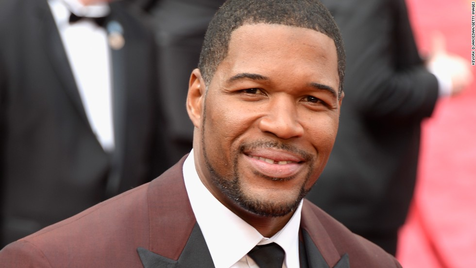 <strong>11:</strong> Michael Strahan<br /><br /><strong>2015 Earnings:</strong> $17M<br /><br /><strong>Retired:</strong> 2007
