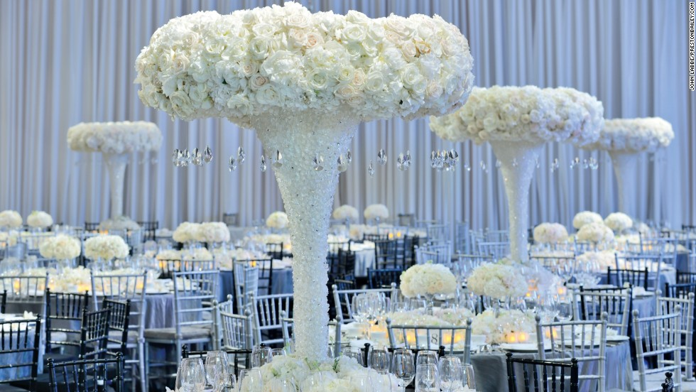 How To Decorate With Wedding Flowers CNNcom