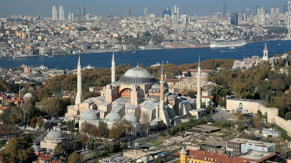 Istanbul dropped two spots from its No. 1 ranking last year to take the No. 3 spot on the 2015 Travelers' Choice global list of top destinations.