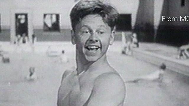 Newday Turner Mickey Rooney dead at 93_00020928.jpg