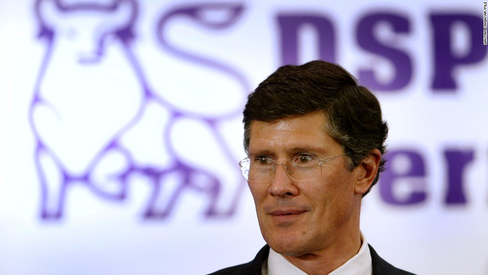 "John Thain, former CEO of Merrill Lynch, doled out more than $4 billion in bonuses to employees. Despite the worst economic crisis since the Great Depression, Wall Street handed out $18.4 billion in bonuses for 2008, which is the ""sixth-largest haul on record."""