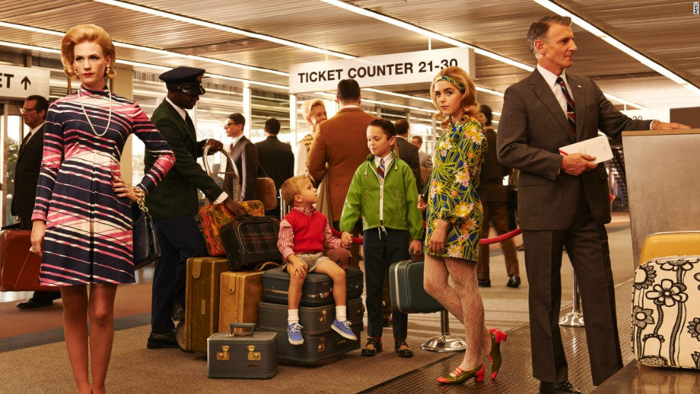The Francis family shows off some fancy traveling duds in this promotional photo for the seventh season. Notice that the boys are wearing sneakers, but they're also wearing a vest and tie, she said. Sally's style is fashion-forward but still formal and appropriate for airplane travel at the time.