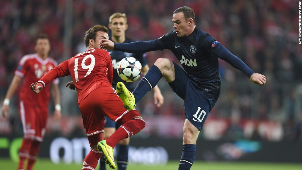 Manchester United striker Wayne Rooney started the game despite having struggled with a toe problem in the lead-up to the contest.