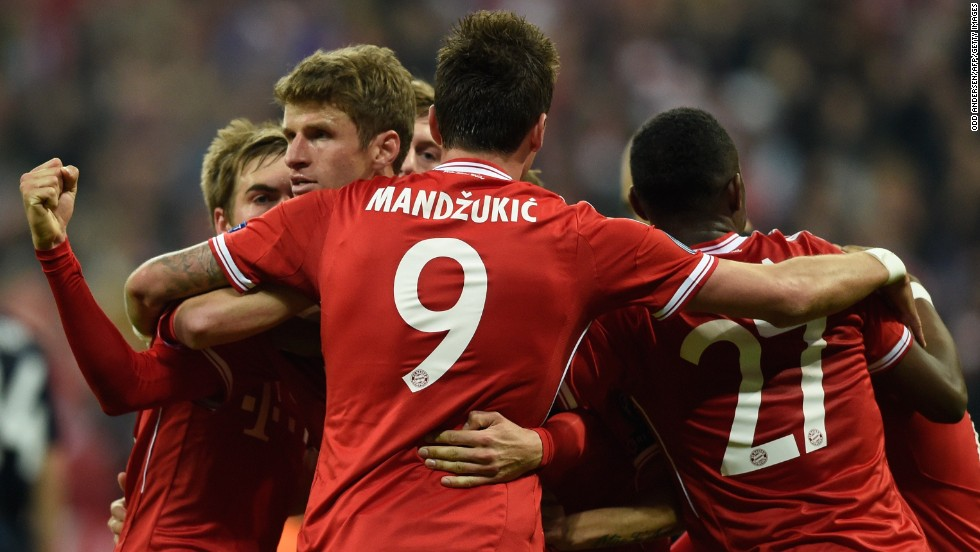 Thomas Muller added a second with 23 minutes remaining to give Bayern a 2-1 lead on the night after converting an Arjen Robben cross. Robben added a third to win the tie with a classy finish.