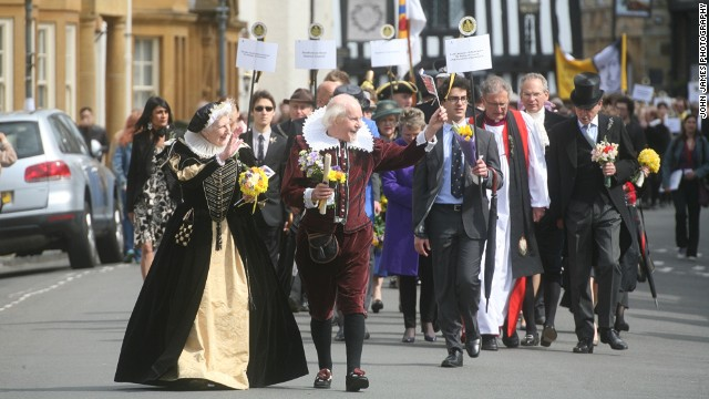 """""""God has given you one face, and you make yourself another."""" Especially at Bill's birthday procession in Stratford-upon-Avon."""