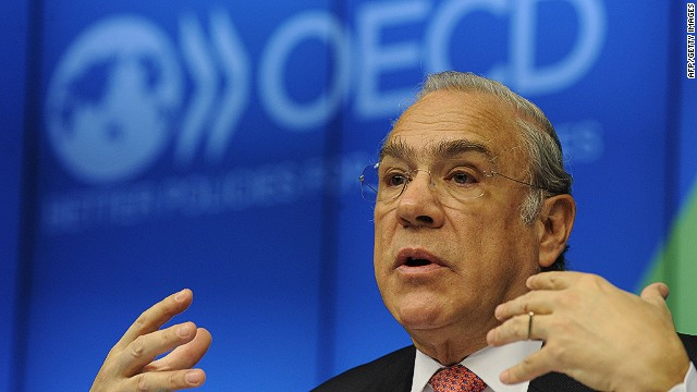 "OECD Secretary General Angel Gurria talks during an OECD meeting on "" The euro Area at a crossroads: Policies for growth, jobs and competitiveness"" at EU Headquarters in Brussels on February 17, 2014. AFP PHOTO/JOHN THYSJOHN THYS/AFP/Getty Images"