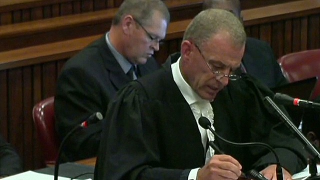 Pistorius cross examination gets combative