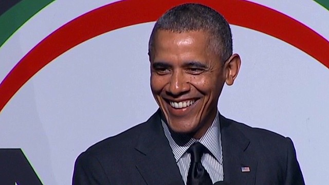 Obama cracks 'birth certificate' joke
