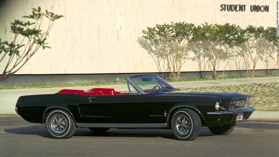 <strong>1967 Ford Mustang convertible.</strong> In 1967, Ford added a longer nose and bigger grille for a more aggressive stance.