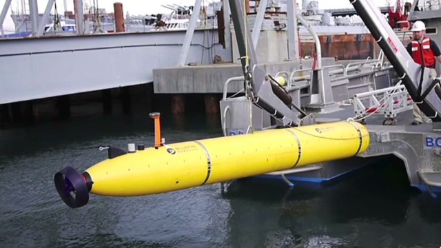 Search for MH370 goes underwater