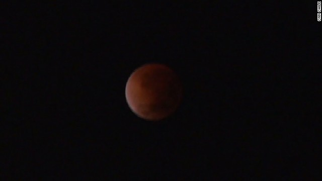 cnnee vo chile blood moon_00004523.jpg