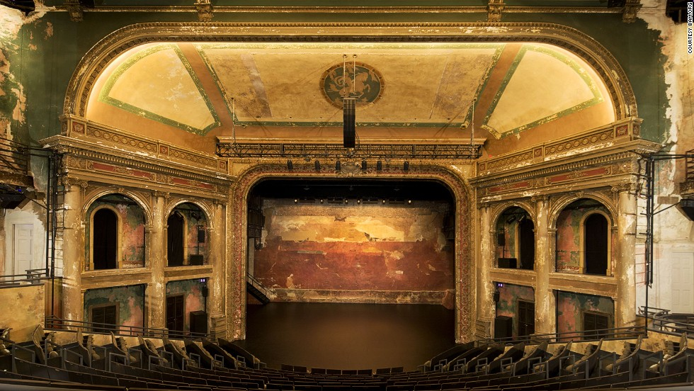 The BAM (Brooklyn Academy of Arts) Harvey Theater opened as a venue for plays, shows and musicals before being converted into a cinema in 1942, then back into a theater in 1987.