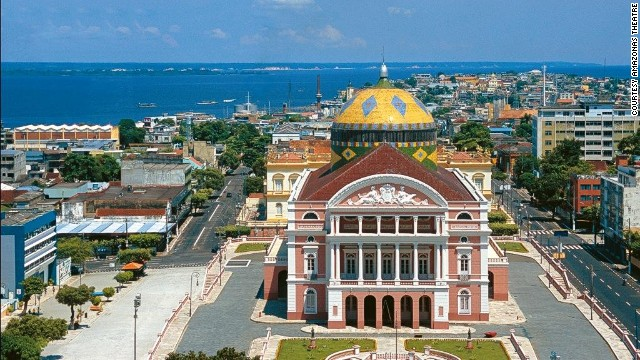 Teatro Amazonas: looks good now, wait till you get inside.
