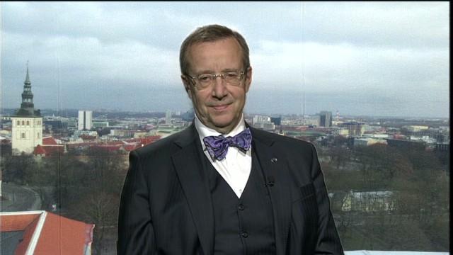 intv amanpour estonia ukraine russia president Toomas Hendrik Ilves physical presence_00004416.jpg