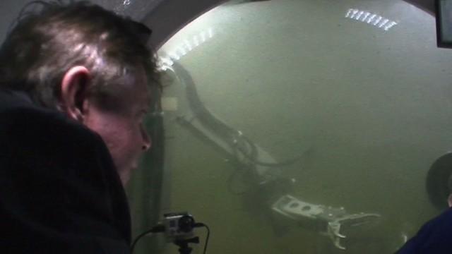 savidge live hit 50 feet below surface in submarine _00020528.jpg