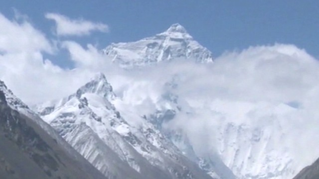 nepal everest avalanche deadliest accident_00000830.jpg