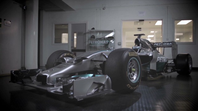 Inside the Mercedes engine