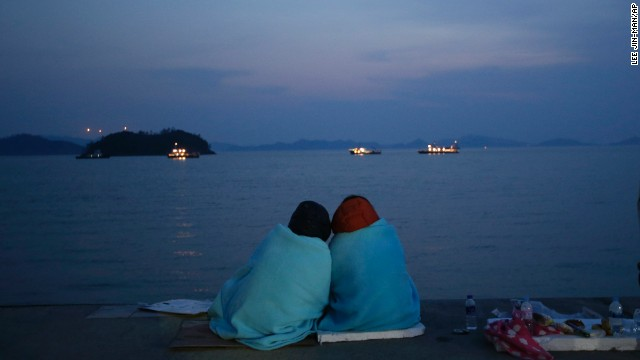 South Korea Ferry death toll climbs