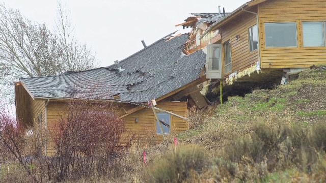 newday wyoming landslide splits buildings_00001610.jpg