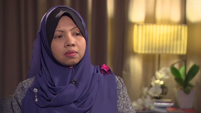 Wife of MH370 crew member: 'It hurts'