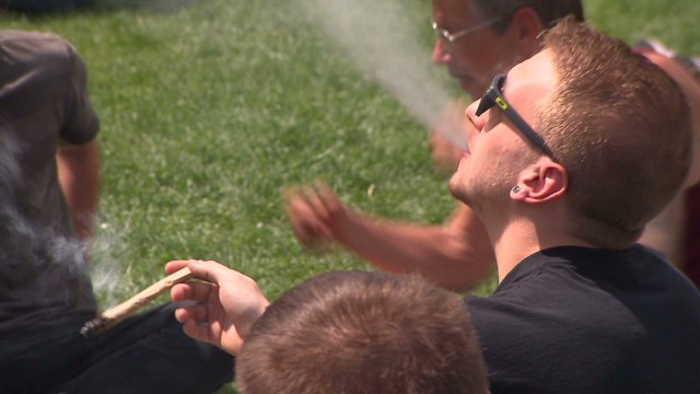 Pot lovers flock to Denver 420 festival