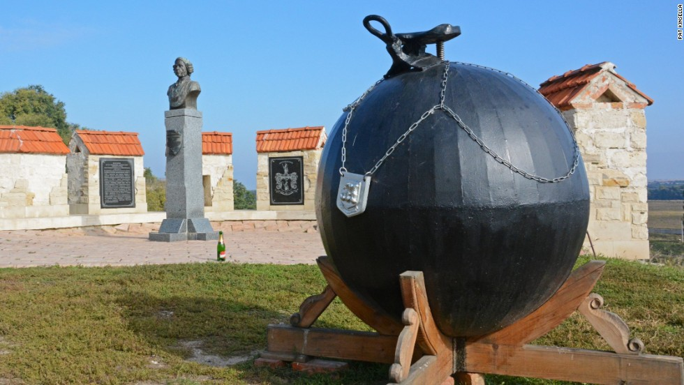 Baron Munchausen's tall tales are celebrated with a statue and a saddled cannonball outside Tighina fortress.