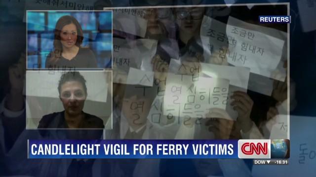 exp candlelight vigil south korea ferry disaster_00002001.jpg