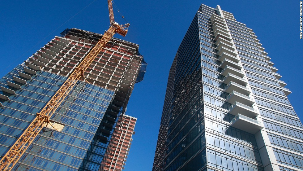 Construction of luxury condos in Brooklyn  New York  in 2009 Opinion  Why middle class can t afford rents   CNN. Affordable Luxury Apartments In Nyc. Home Design Ideas
