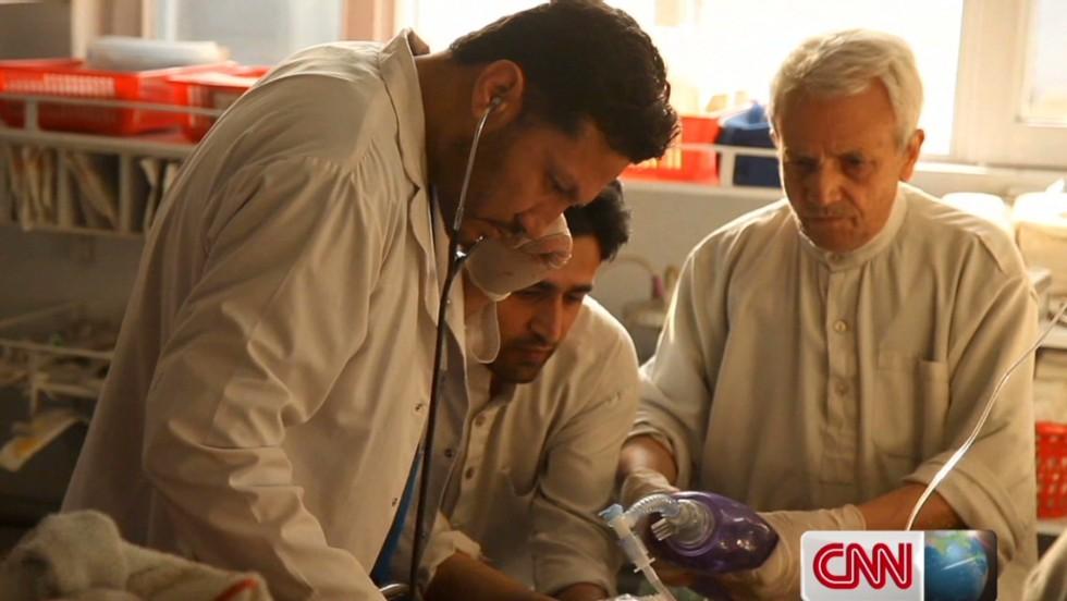 Kabul hospital treats all sides