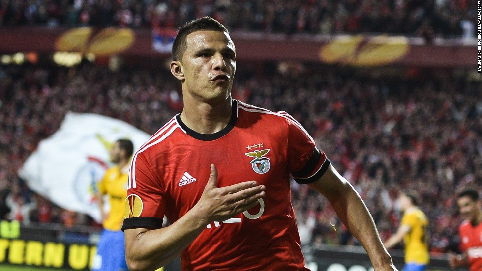 Rodrigo Lima gave Benfica a slender 2-1 first leg advantage with a stunning late strike in Lisbon.