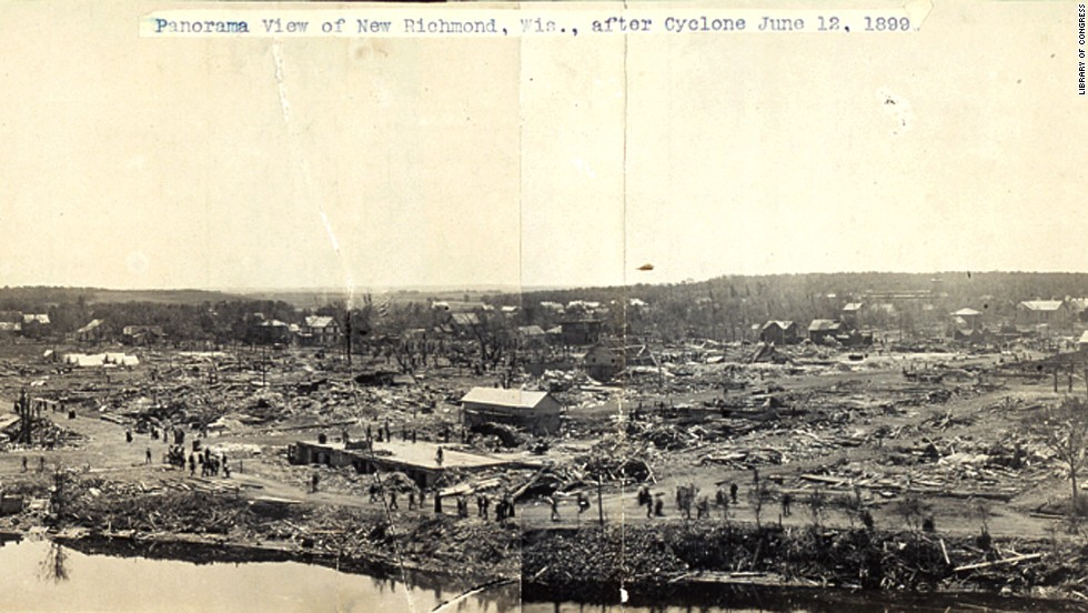 "<strong>9</strong>. The ""New Richmond Tornado"" killed 117 people and injured 200 on June 12, 1899, in New Richmond, Wisconsin."