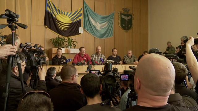 pkg paton walsh ukraine osce observers_00000226.jpg