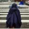 kentucky derby women in rain