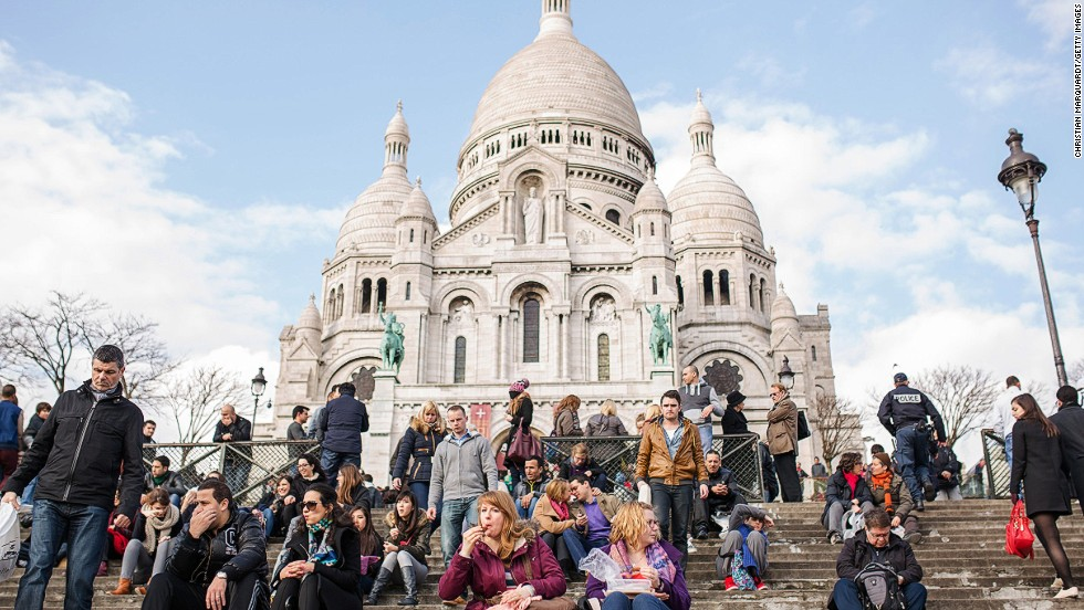 Most visitors take the same route to and from the basilica, one lined with souvenir shops and tourist scams. But you can also find quintessential Parisian cafes, tree-lined streets and hidden alleyways nearby.