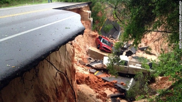 Flooding, tornadoes pummel the Southeast