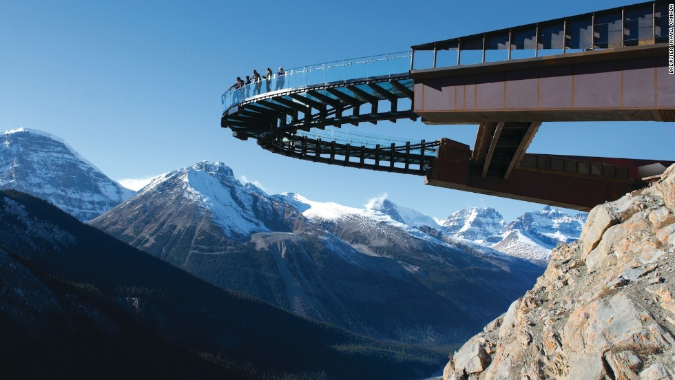Designed by Sturgess Architecture, the Glacier Skywalk is a 1,500-foot-long interpretive walk in Jasper National Park in the Canadian Rockies. The steel and glass structure cantilevers outward, overlooking the Sunwapta Valley and facing the Athabasca Glacier.